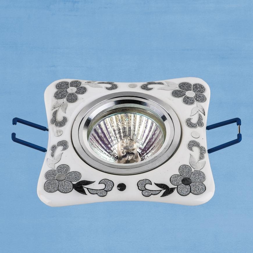 Точечный врезной светильник 70597 CR