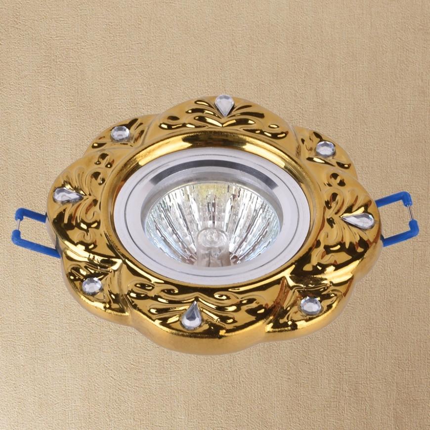 Точечный врезной светильник 705N114